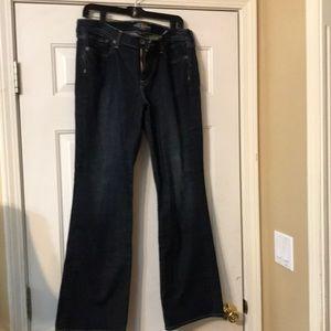 (D) Lucky Brand jeans size 16/33 women